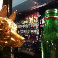 Снимок сделан в Harat's Pub пользователем Максим В. 11/7/2012