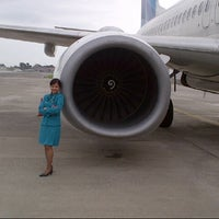 Photo taken at Runway 08 by Rindy A. on 2/19/2014