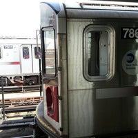 Photo taken at MTA Subway - 33rd St/Rawson St (7) by Mikey K. on 7/17/2017