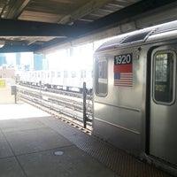 Photo taken at MTA Subway - 33rd St/Rawson St (7) by Mikey K. on 7/18/2017