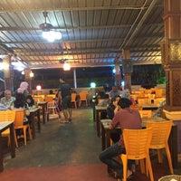 Photo taken at Restoran Bismi Tomyam Seafood by Basli B. on 3/18/2018