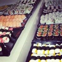 Foto tirada no(a) Rafa Sushi por Andressa V. em 9/7/2014