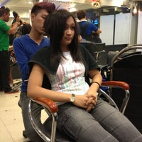 Photo taken at Sidney Siders Salon by Aky R. on 11/7/2012