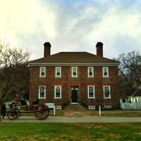 Photo taken at Colonial Williamsburg by Rick A. on 12/23/2012