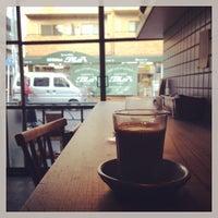 รูปภาพถ่ายที่ Sajilo Cafe โดย t k. เมื่อ 12/7/2013