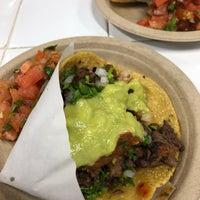 8/18/2018에 Denis A.님이 Los Tacos No. 1에서 찍은 사진