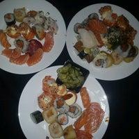 Foto tirada no(a) Keiken Sushi Bar & Restaurante por Ana Carolina T. em 1/29/2013