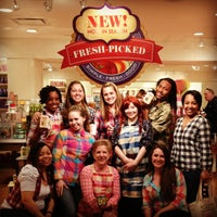 Photo taken at Bath & Body Works by Michelle Z. on 3/10/2013