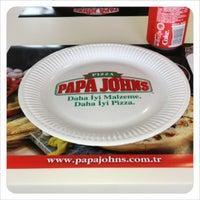 Foto tomada en Papa John's Pizza por Tanyel K. el 11/16/2012