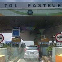Photo taken at Pasteur Toll Gate by Achmad A. on 4/20/2013