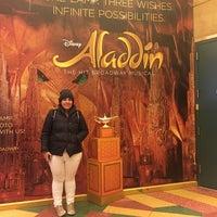 Foto scattata a Aladdin @ New Amsterdam Theatre da Karina M. il 3/21/2017