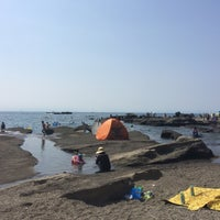 Photo taken at 荒井浜海水浴場 by Tetsuo H. on 8/13/2016