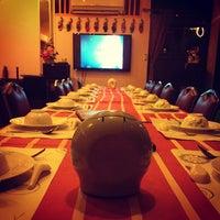 Photo taken at ครัวสุโขทัย สุดยอดความอร่อย ก่อนถึงแม่สาย แวะพักทานอาหารและกาแฟสดก่อนได้นะครับ by MisterJiiw™ on 12/28/2012