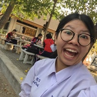 Photo taken at ธรรมสถาน โรงเรียนยุพราชวิทยาลัย by ♡Namphung S. on 2/12/2018