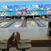 Photo taken at Westwood Bowl by Delyne 曾. on 1/6/2013