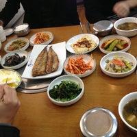 Photo taken at 현지식당 by Kyung min K. on 11/20/2012