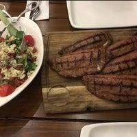 2/6/2018 tarihinde E⚔️Sziyaretçi tarafından Ethçi Steakhouse'de çekilen fotoğraf