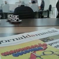 Photo taken at Jornal da Manhã - JMNews by Patricia E. on 5/28/2013