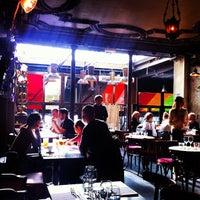 Foto diambil di Delaville Café oleh Vivien G. pada 11/1/2012