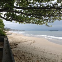 Photo taken at Praia da Cachoeira do Bom Jesus by João Alberto V. on 11/24/2012