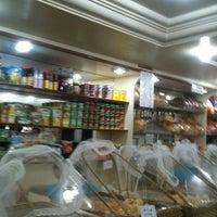Photo taken at Via Veneto Panificadora e Confeitaria by Vera _. on 12/3/2012