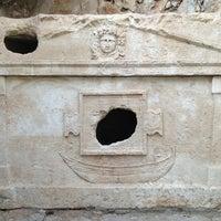 Foto diambil di Olympos Antik Kenti oleh Muharrem & Emine T. pada 8/16/2013