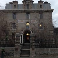 Photo taken at Hi-Ottawa Jail Hostel by Mochilando B. on 4/11/2013