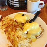 Photo taken at Broken Yolk Cafe by Rosemary S. on 3/2/2013