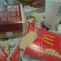 Photo taken at McDonald's by Nelson P. on 12/23/2012