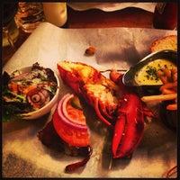 Foto scattata a Burger & Lobster da Emily T. il 4/22/2013