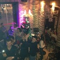 11/25/2012 tarihinde Caner K.ziyaretçi tarafından Beer House'de çekilen fotoğraf