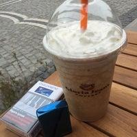 Photo taken at Gloria Jean's Coffee's by Burak D. on 5/2/2015
