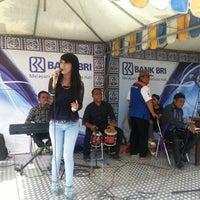 Photo taken at Pasar Sambonggede by Pebriansyah A. on 11/6/2012