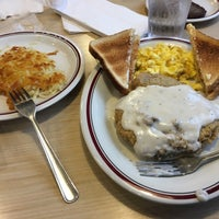 Photo taken at Huddle House by Scott on 10/23/2017