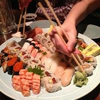 Foto tomada en Sushi Sake por Natasha el 1/25/2013