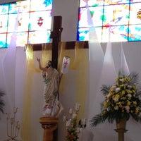 Photo taken at Iglesia cristo rey by Enrique M. on 4/21/2013