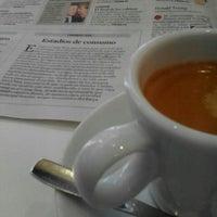 Photo taken at Cafetería Mónaco by Jordi P. on 3/25/2016