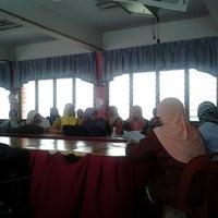 Photo taken at SK Bandar Baru Sg Buloh by Chegu A. on 10/29/2012