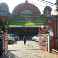 Photo taken at Shiva Mandhir Temple by kęνأŋ ®. on 8/24/2013