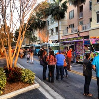 Photo taken at Food Truck Invasion - Abacoa Town Center by Che Grill on 3/8/2013