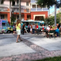 Photo taken at Food Truck Invasion - Abacoa Town Center by Che Grill on 6/14/2013