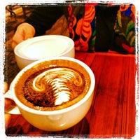 Photo prise au Caffé Medici par Justin B. le1/8/2013
