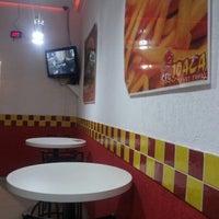 Photo taken at Seu Joaca Fast Food by Jeffinho B. on 12/24/2012