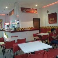 Photo taken at Seu Joaca Fast Food by Jeffinho B. on 12/16/2012