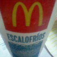 Foto tomada en McDonald's por Ana B. el 10/28/2012