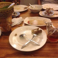 Foto diambil di Ayam Goreng Sulawesi oleh Muti pada 7/20/2016