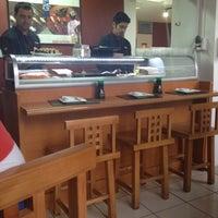 11/28/2012 tarihinde MarCla R.ziyaretçi tarafından Kioto Sushi'de çekilen fotoğraf