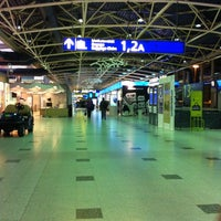 Photo taken at Terminal 1 by Tani 🐠🐰💐 W. on 12/29/2012