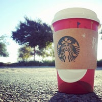 Photo taken at Starbucks by Vinnii R. on 11/6/2012