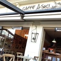 7/19/2013 tarihinde Dervis G.ziyaretçi tarafından Caffe Aşkı'de çekilen fotoğraf